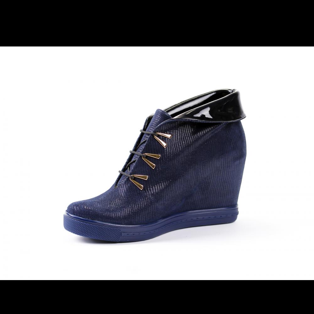 Дамски спортни обувки естествен велур и лак - 2