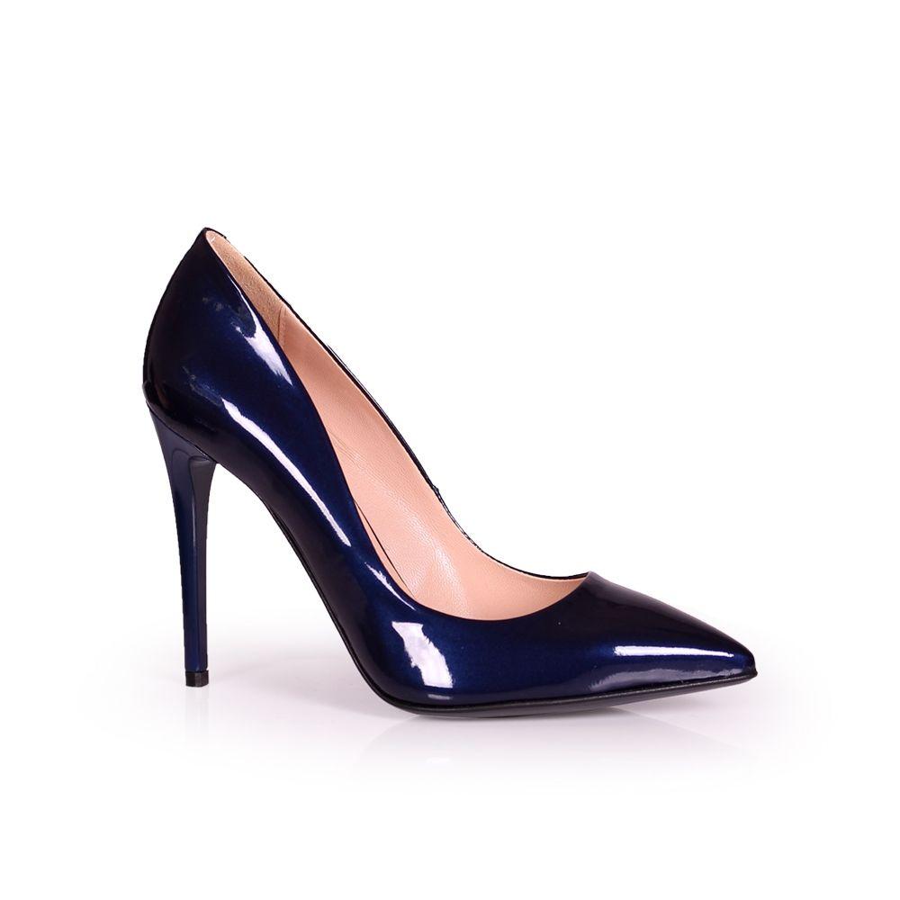 Дамски елегантни обувки от естествен лак - 1