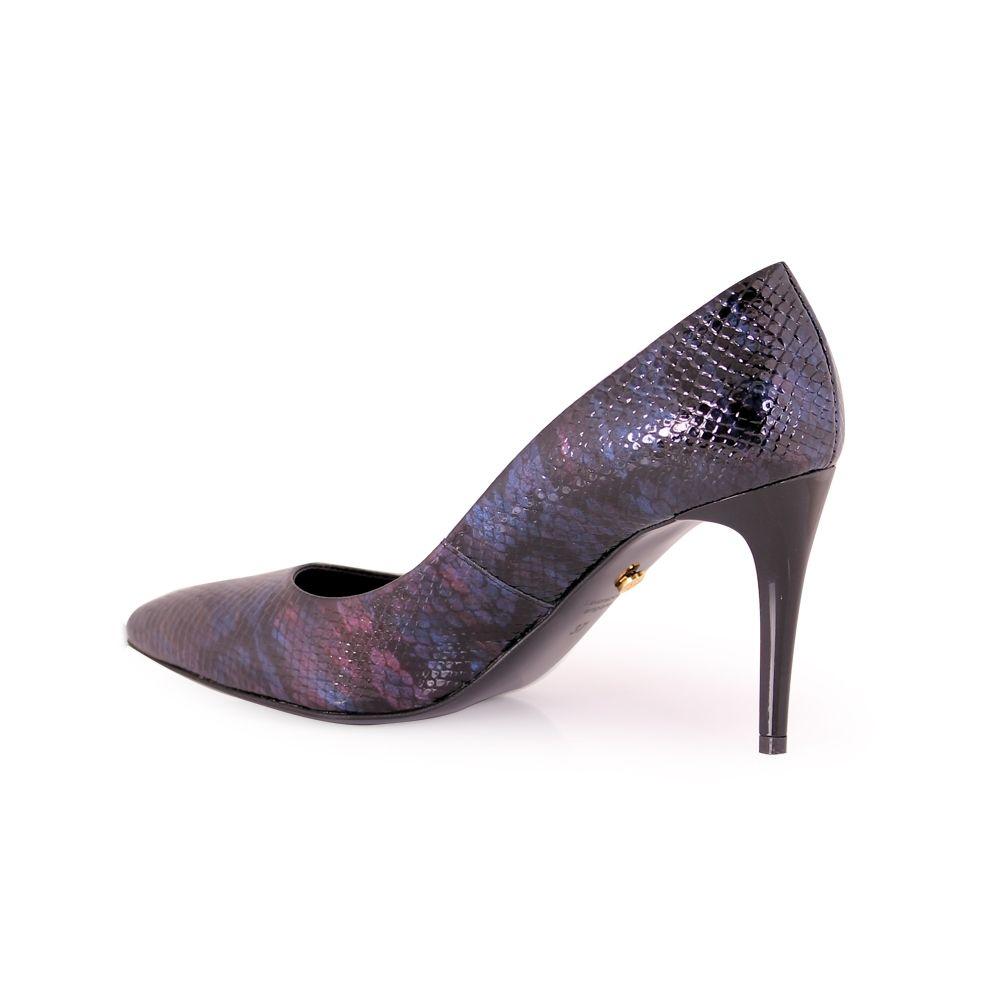 Дамски обувки от естествен лак - 3
