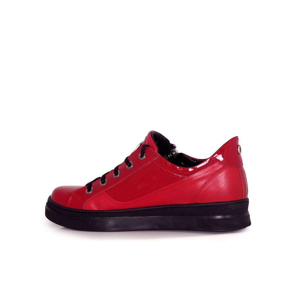 Дамски спортни обувки естествена кожа и лак - 2