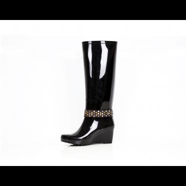 Дамски гумени ботуши в черен цвят