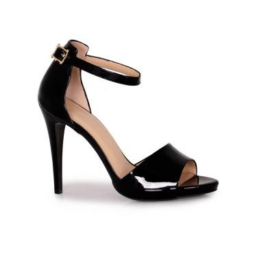 Дамски елегантни сандали от естествен лак