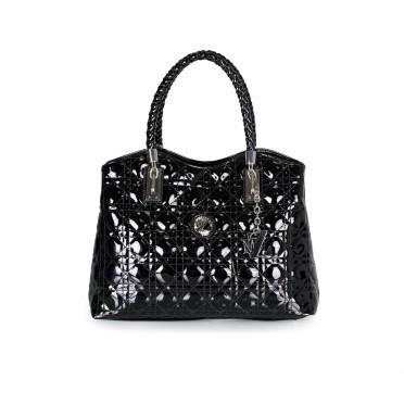 Дамска чанта от еко лак
