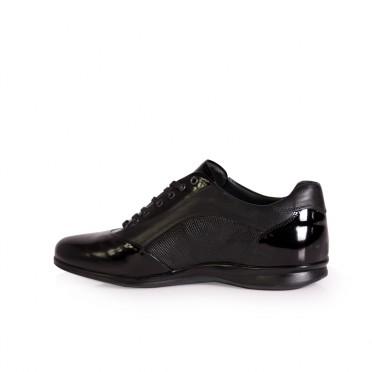 Мъжки спортни обувки от естественa кожа и лак