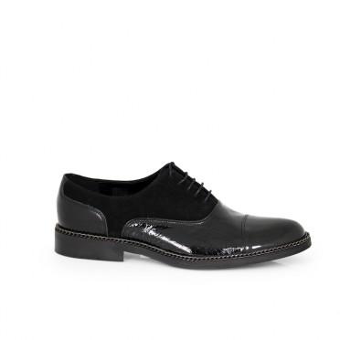 Мъжки обувки естествен лак и велур