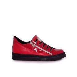 Дамски спортни обувки естествена кожа и лак