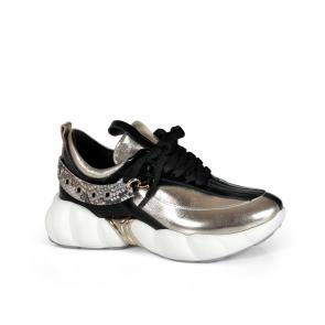 Дамски спортни обувки от начупен лак ILV-296-1