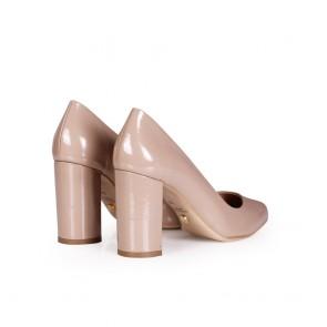 Дамски обувки от естествен лак - 2