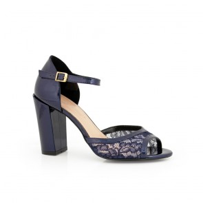 Дамски сандали естествен лак