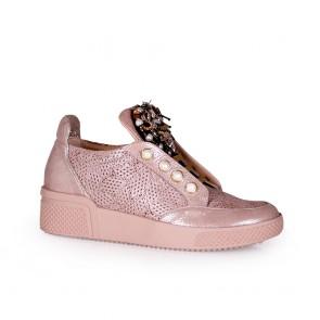 Дамски обувки от естестсвена кожа