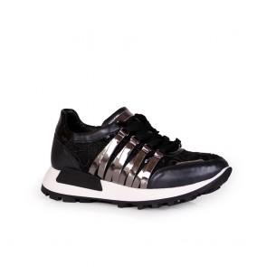 Дамски спортни обувки от естествена кожа и лак