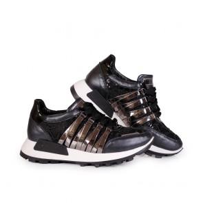 Дамски спортни обувки от естествена кожа и лак - 2