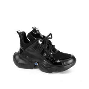Дамски спортни обувки от естествен лак и велур ILV-2500