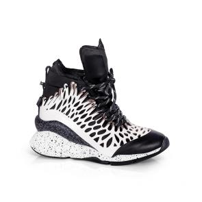 Дамски спортни обувки от естествена кожа и лак ILV-3052