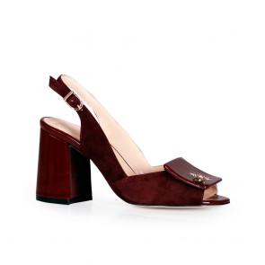 Дамски обувки от естествен велур и лак