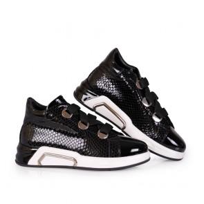 Дамски спортни обувки от естествен лак - 2