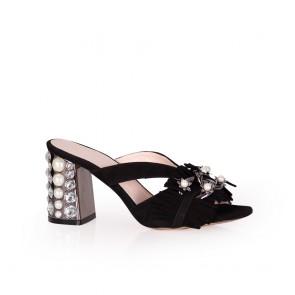 Дамски чехли от естествен велур