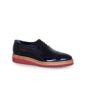 Мъжки обувки от естествен лак