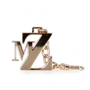 Аксесоар златист метален ключодържател