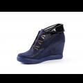 Дамски спортни обувки естествен велур и лак - 2t