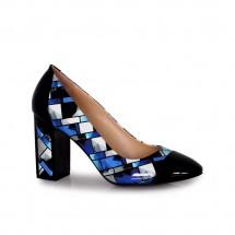 Дамски обувки от естествен лак BY-4010