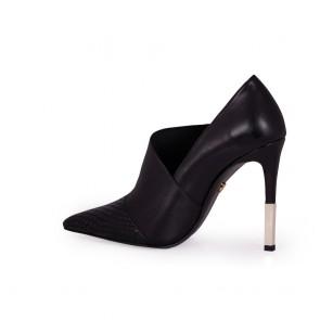 Дамски обувки от естествен лак и кожа  - 2