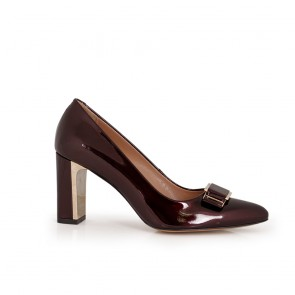 Ladies patent leather shoes  NL-12-52